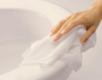 Povrchové úpravy – ako sa nezblázniť z údržby kúpeľne